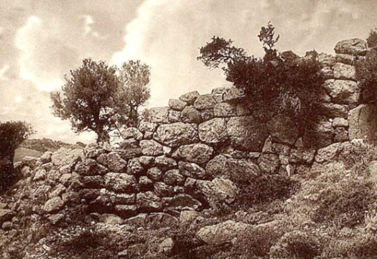 wall_palaiopolis.jpg
