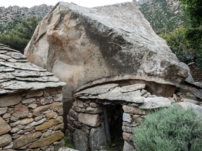 Αντιπειρατικό σπίτι στη Μεσαριά