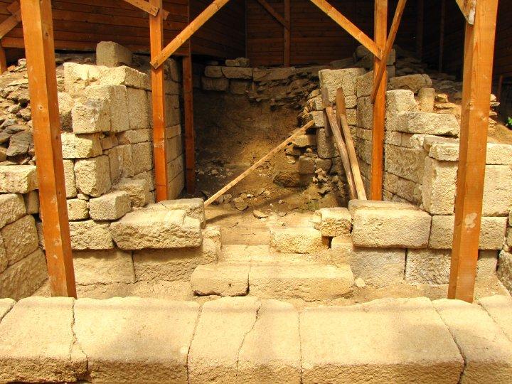 Starosel PD - Thracian tomb - 1