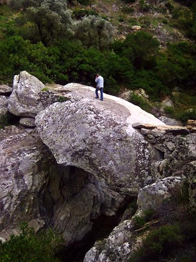 Trail in Myrsonas Ikaria 16