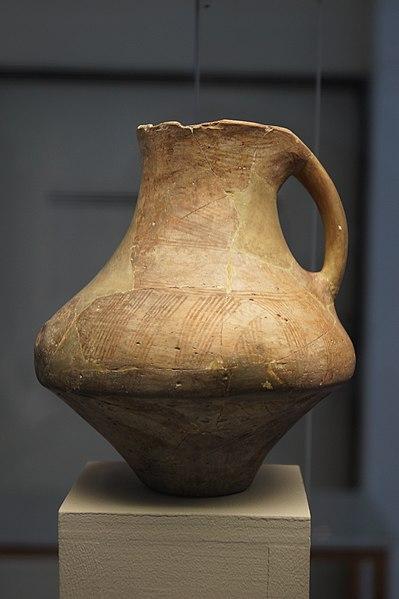 399px-Dikili_Tash_-_Neolithic_vessel_4